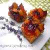 Dietetyczne ciasto cynamonowe ze śliwkami