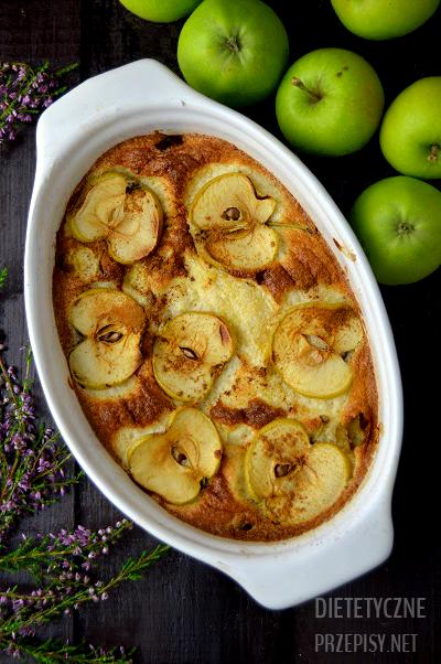 mleczno migdałowy omlet na słodko z jabłkami