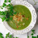 niskokaloryczna zupa krem z brokułów i szpinaku doskonałe źródło żelaza