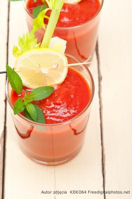 jednodniowa kuracja oczyszczająca z toksyn przepisy na soki