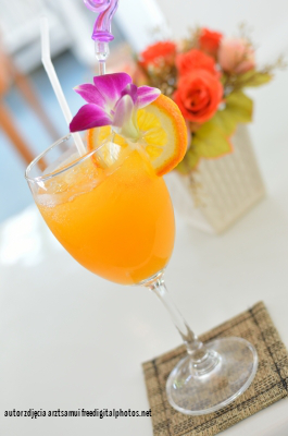 zdrowy napój pomarańczowo marchewkowy