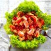 Najsmaczniejsze sałatki z kurczakiem w stylu fit – 7 przepisów