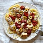 Ekspresowe spaghetti z kurczakiem i suszonymi pomidorami